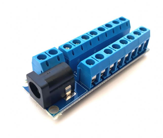 RKpdu1 Power Distribution Unit for Model Railway  - Constructed